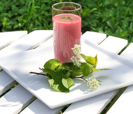 protein shake recipes postworkout strawberry2