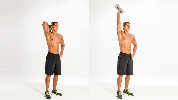 extensión de tríceps con mancuernas de pie